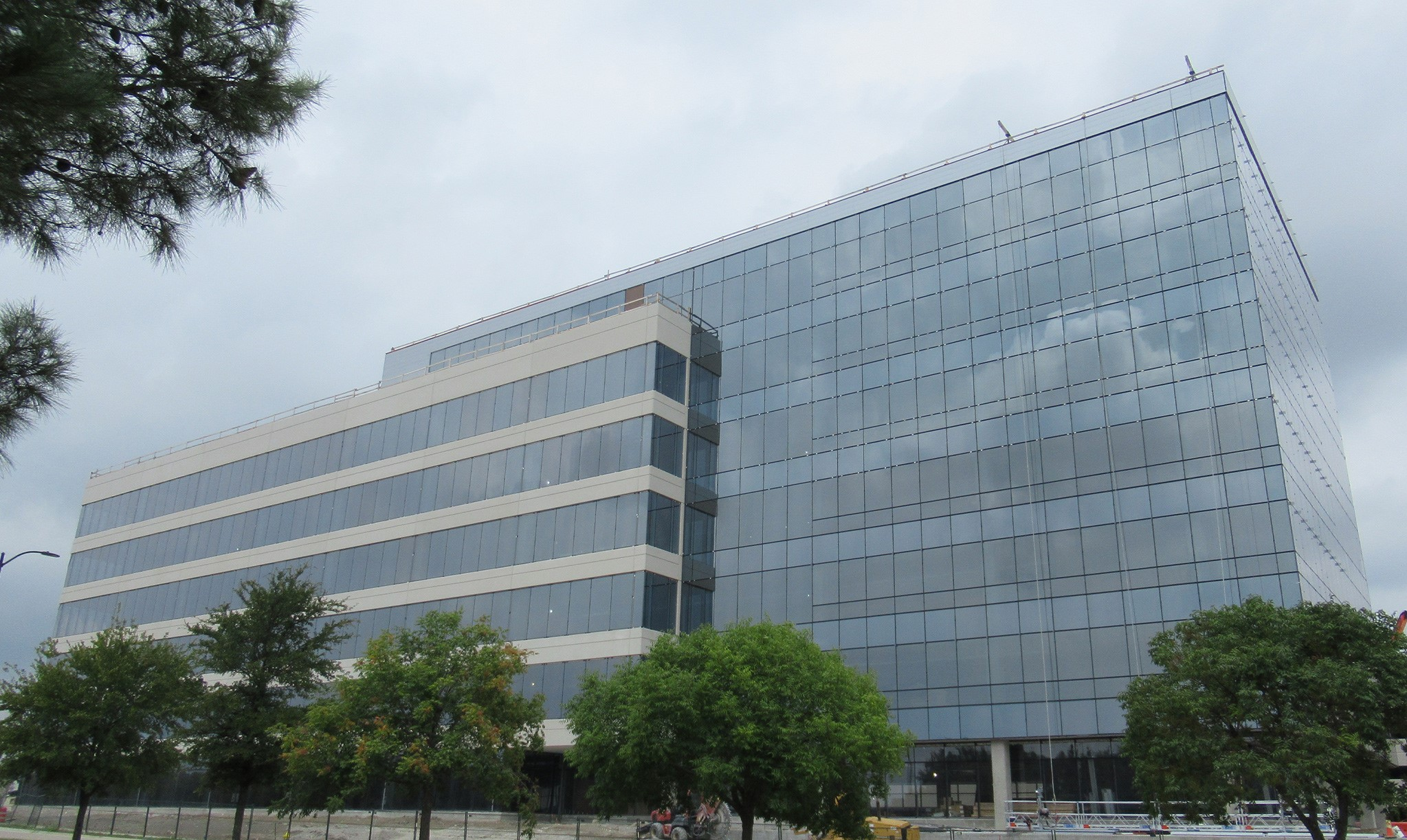 Glazing project building